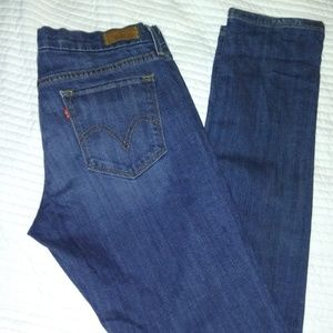 LEVI'S JEANS 421 STRAIGHT LEG SIZE 28 MEDIUM